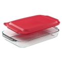 4.8 Quart Oblong Baking Dish with Red Plastic Lid