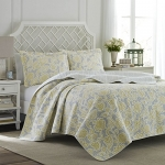 Laura Ashley 203919 Joy Reversible Quilt Set, King